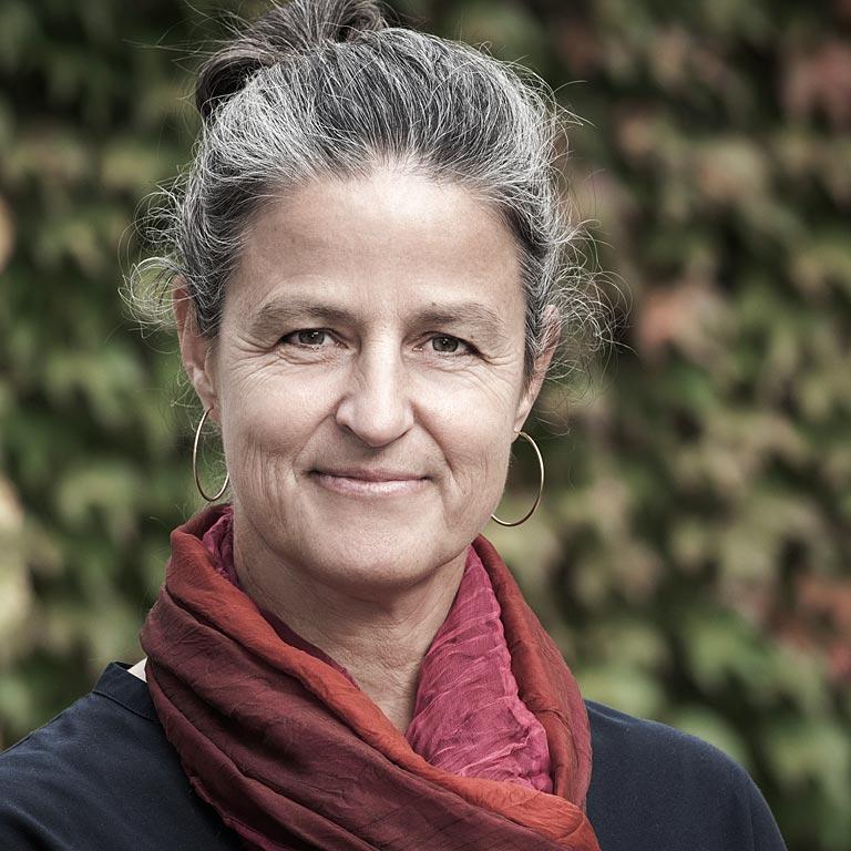 Corinne Holthuizen